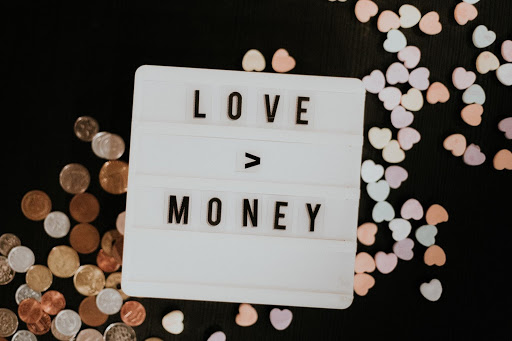 Love & Money: How to Date a Financial Opposite