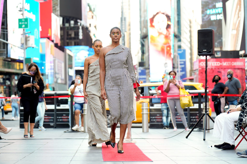 Times Square Fashion Week !